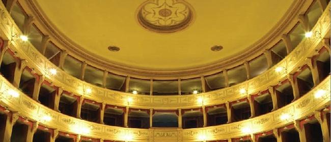 25567__teatro+guglielmi_massa