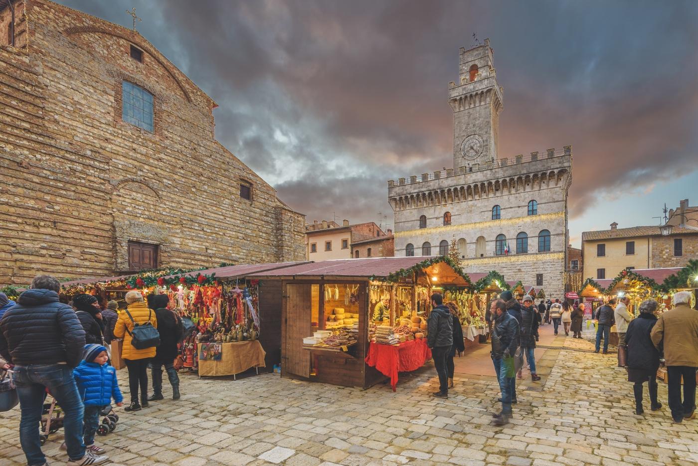 Natale a montepulciano mercatini di natale e castello di for Mercatini toscana
