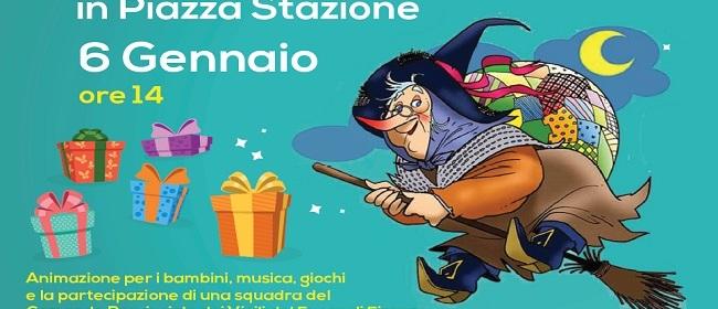 26775__befana+in+piazza