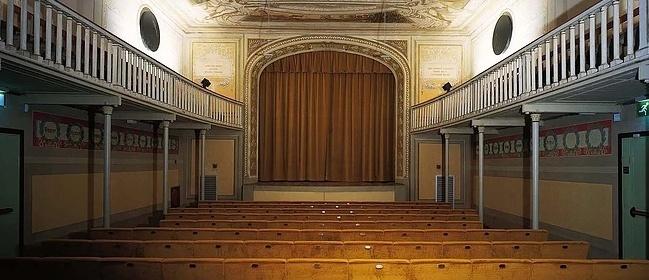 37492__TeatroManzoniCalenzano_https-3Awww.teatrodelledonne.com_