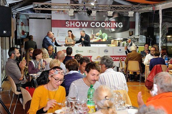 show-cooking-Pisa_Food_Wine_2018