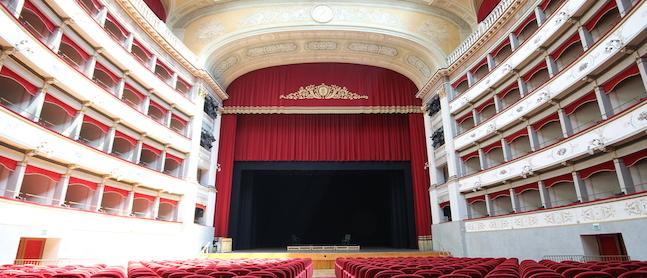 Napoli Milionaria – Teatro Goldoni, Livorno (Livorno)