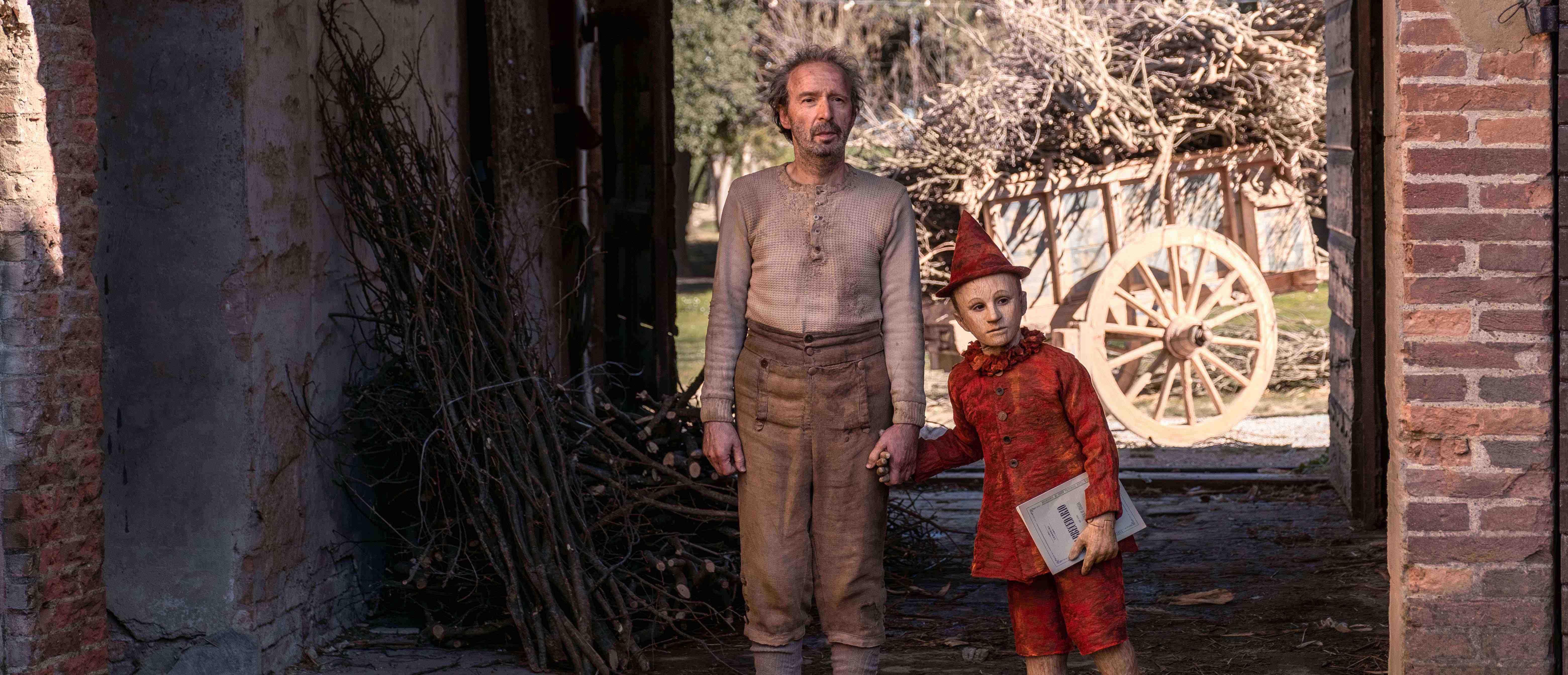 Pinocchio nei costumi di Massimo Cantini Parrini dal film di Matteo Garrone – Museo del Tessuto, Prato (Prato)